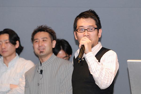 写真:ネクサスアドバンスセミナーについてプレゼンする安藤さん
