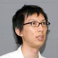 中村享介氏